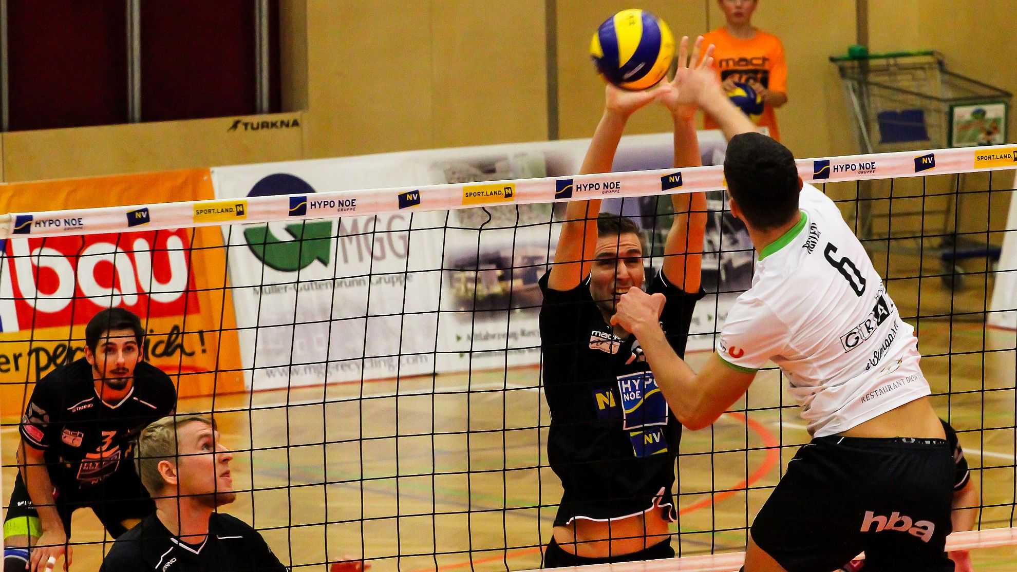 DenizBank AG Volley League Men 2017/18: SG VCA Amstetten NÖ/hotVolleys vs. UVC Holding Graz - FOTO © Peter Maurer