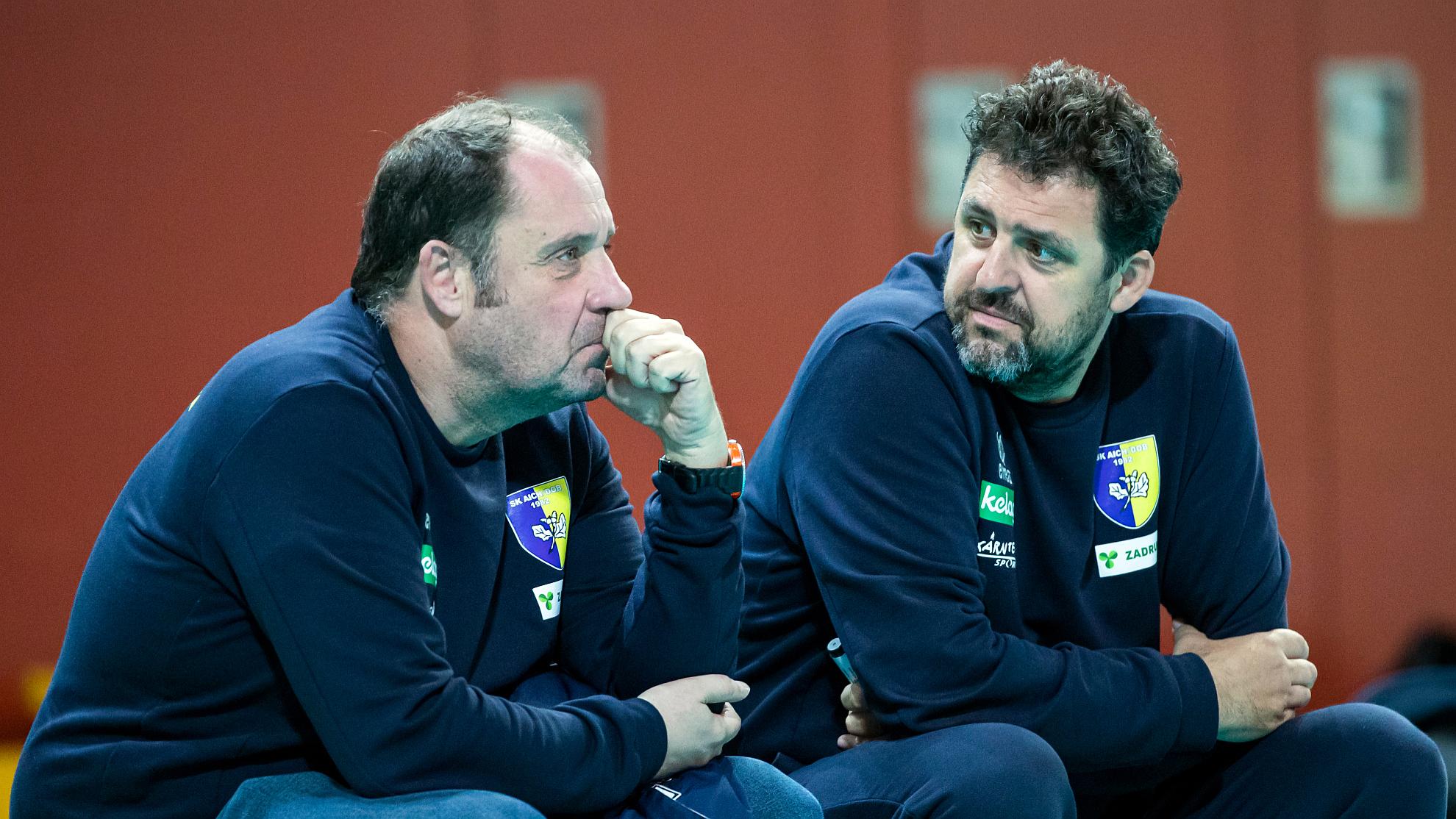 Aich/Dob-Sportdirektor Martin Micheu mit Headcoach Matjaz Hafner - FOTO © GEPA pictures/Wolfgang Jannach