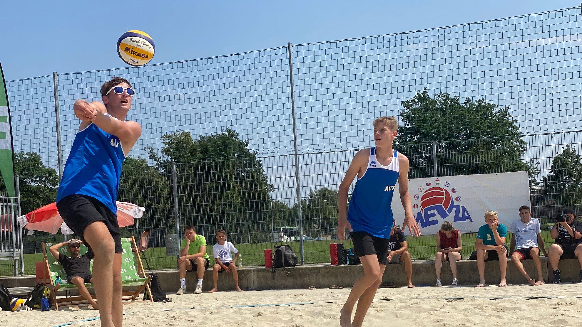 FOTO © MEVZA Beach Volleyball Championships