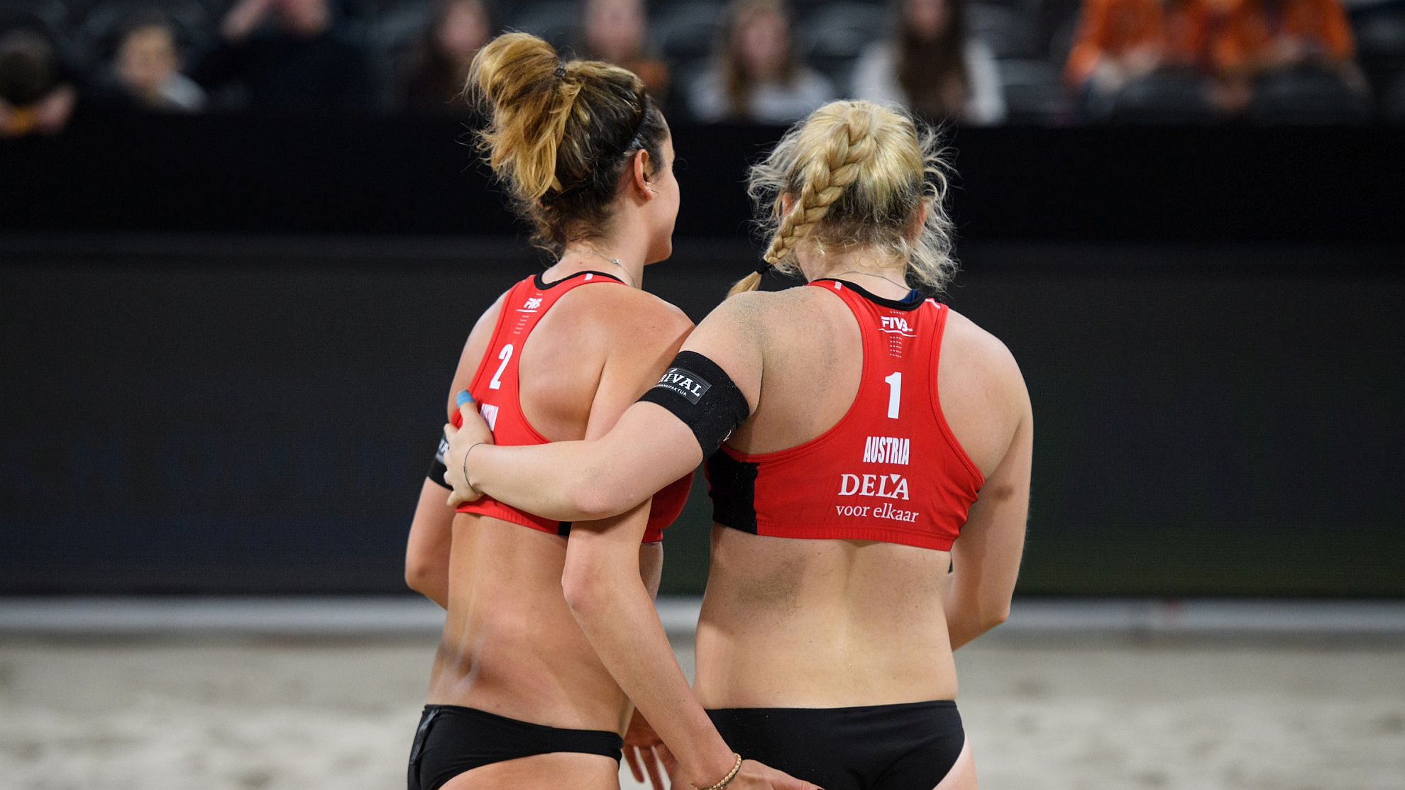 Lena Plesiutschnig/Katharina Schützenhöfer © FIVB