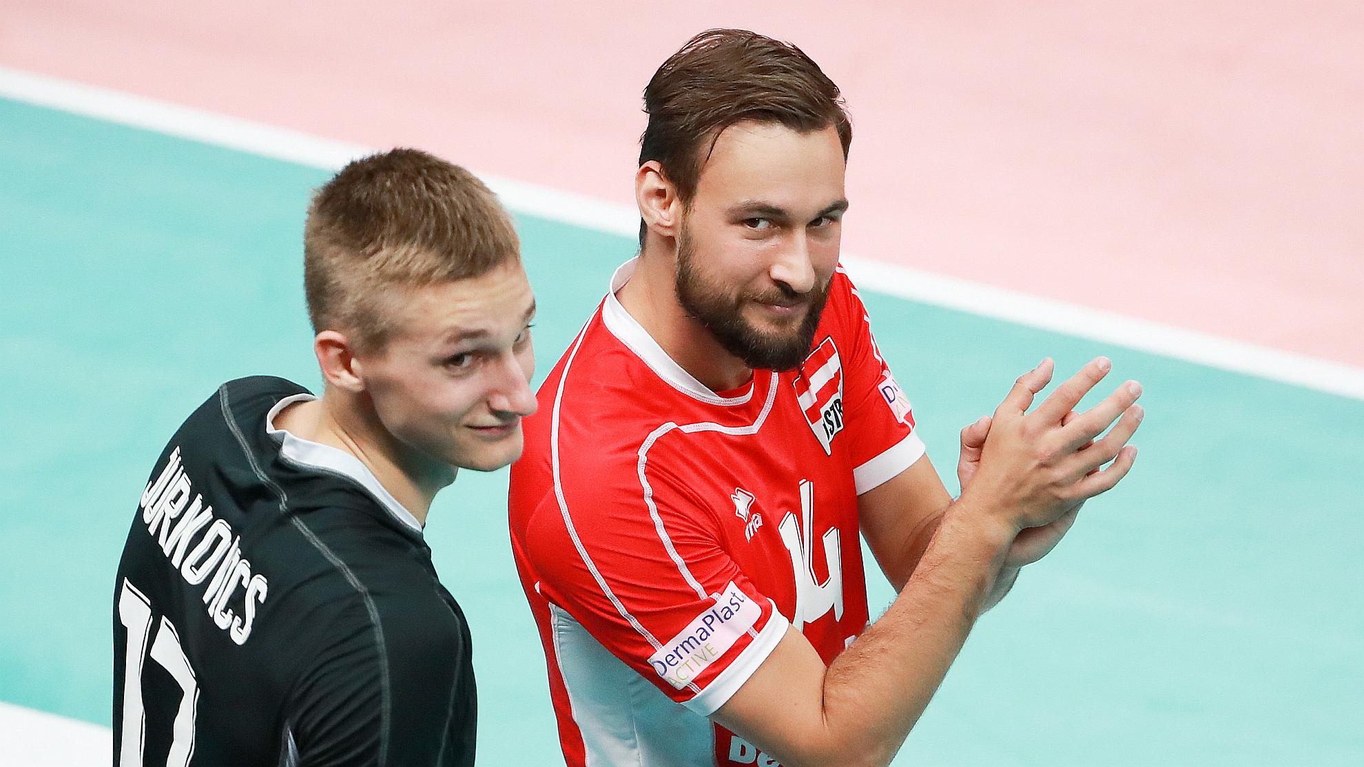 Mathäus Jurkovics mit Florian Ringseis bei der EuroVolley 2019 - FOTO © GEPA pictures/Andreas Pranter